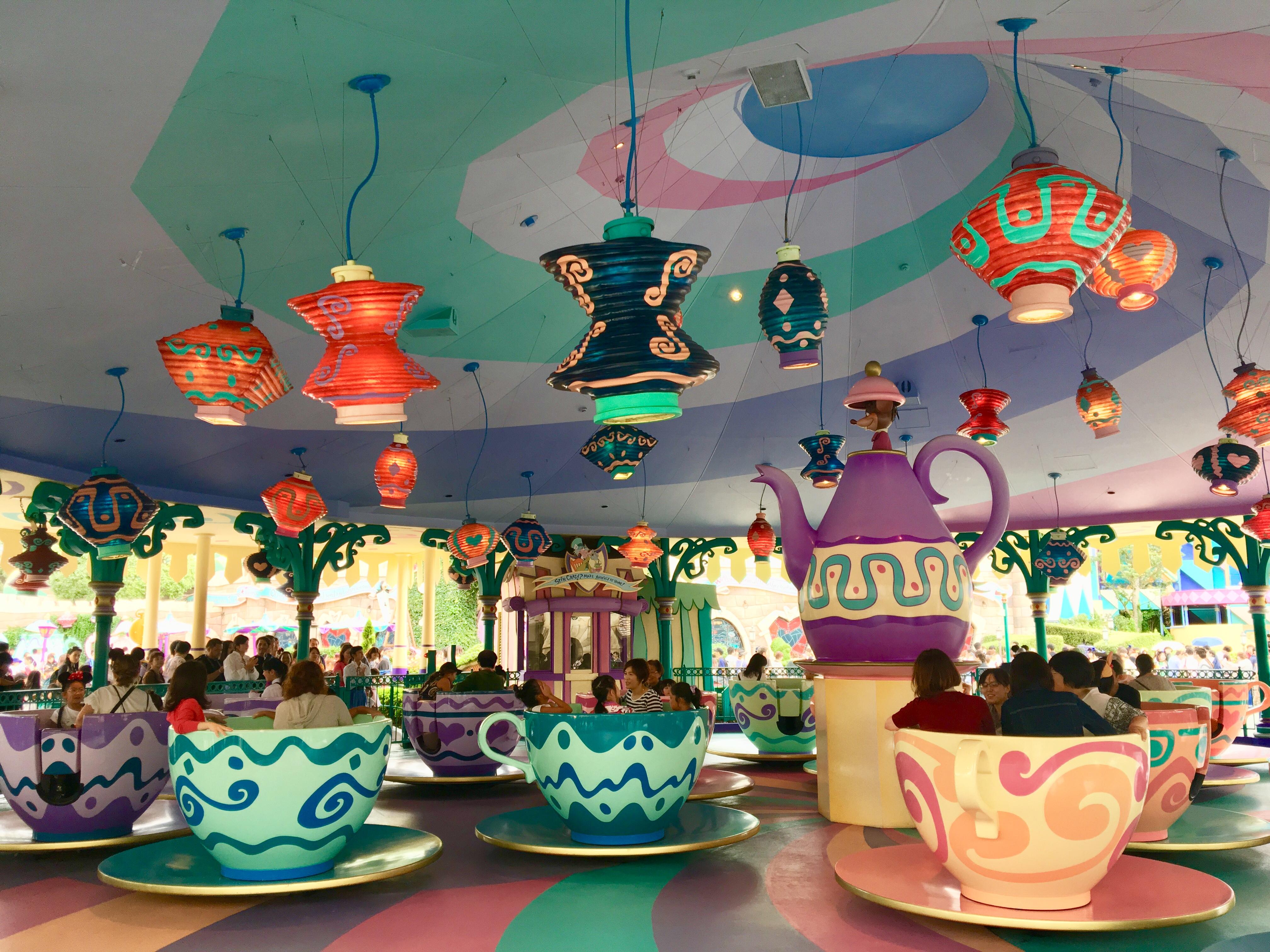 迪士尼-旋轉咖啡杯